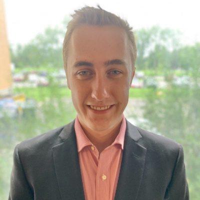Headshot of Ben Earle