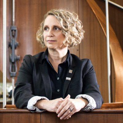 Management professor Linda Schweitzer